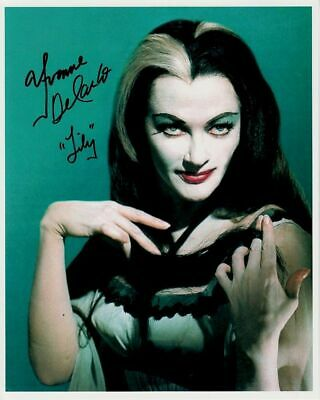 Lily Munster ~ Halloween  Yvonne De Carlo! In Color ~ Nice Photo 8 X 10! F13