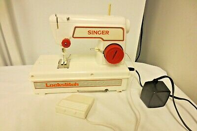 Singer Lockstitch Sewing Machine-Red-Travel Handle-AS SHOWN