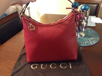 bedeb01c387 New Authentic GUCCI GG Charm Hobo Shoulder Bag Purse In Red Pebbled Leather
