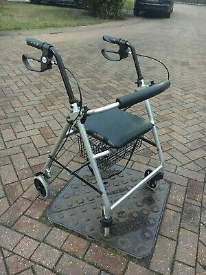 Days 252 Rollator Lightweight 4 Wheeled Walker/Walking Frame (Can be Collected)