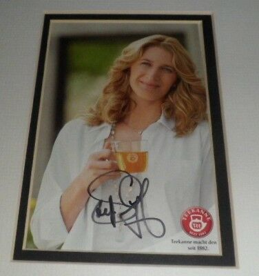 "ORIGINAL Signature STEFFI GRAF TENNIS  Hand Signed Photocard 6"" x 4"" Mounted"