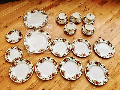 Lot of Royal Albert Bone China Old Country Roses