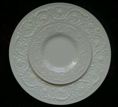 Wedgwood PATRICIAN PLAIN Dinner & Bread Plate - FREE U.S. SHIPPING