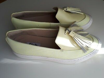 58d755f7b5cc New Clarks Coll Beach Pale Yellow Leather Plimsolls Shoe - Uk Size 4D
