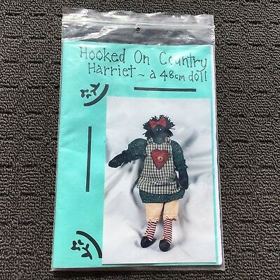 "HOOKED ON COUNTRY ""Harriet"" 48cm Doll Sewing Paper Pattern **NEW**"