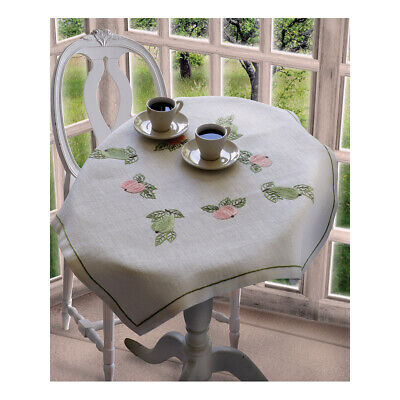 ANCHOR | Embroidery Kit: Pear and Apple - Linen Tablecloth | 92400002331