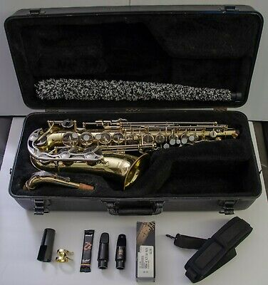 ac2a0ea300 YAMAHA YAS-23 ALTO Saxophone (Made in Japan) YAS 23 Student Sax w ...