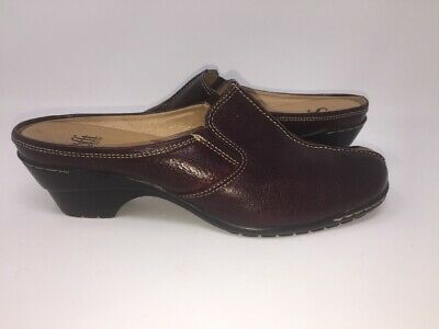 068f12cd09 SOFFT Clogs Mules ReddishBrown Leather womens size 7 M shoes slip on