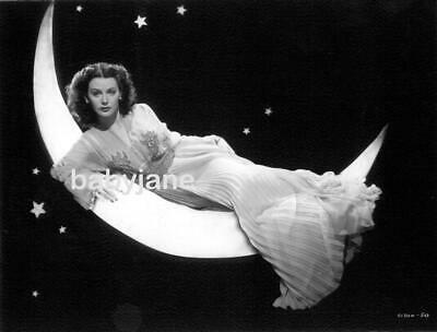 047 Hedy Lamarr Fashion Pinup On Paper Moon Gown By Irene Heavenly Body Photo