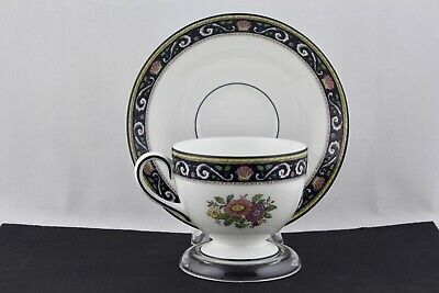 Wedgwood Fine Bone China W4472 Runnymede Blue Footed Cup And Saucer Set - Mint