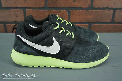 c14f16beda77 Nike Roshe Run GS 599728-001 Youth Boys Size 6.5 Running Shoes Black Suede