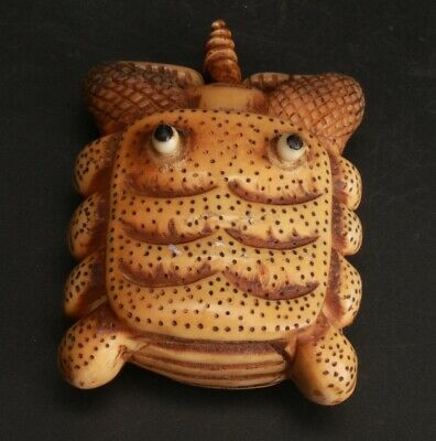 Exquisite Chinese Cattle Bone Hand-Carved Snuff Bottle Collection Decoration