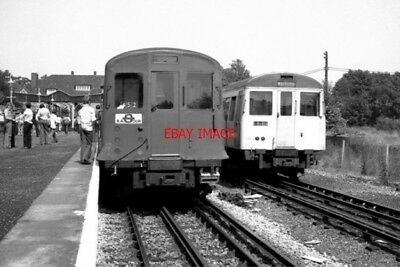 Photo  1977 Watford Railway Station (Metropolitan Line) The Branch From The Metr
