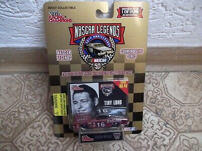 RACING CHAMPIONS - Nascar Legends - 1969 Mercury Cyclone - Tiny Lund - MOC
