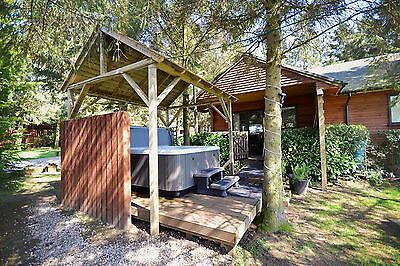 2 Night Midweek March Break in Log Cabin with Hot-Tub at Rocklands Lodges