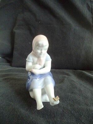 Gerold Porcelain - Porzellan, Barbaria/West Germany,  Girl with butterfly