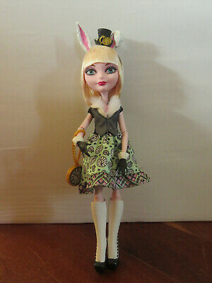 Ever After High - Bunny Blanc Doll