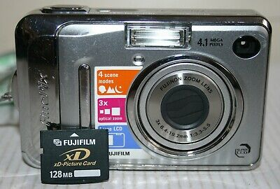 Fuji Fujifilm FinePix A400 4.1MP Digital Camera & 128MB XD Card With Instruction