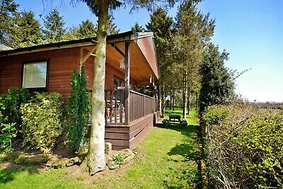 2 Night Midweek March Break in a  Log Cabin at Rocklands Lodges
