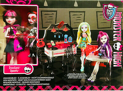 RARE!! - Monster High BBR93 - Die-Ner Playset With Draculaura and Operetta Dolls