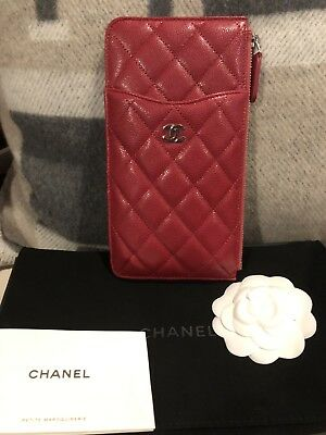 a646c3b10776 NWT AUTHENTIC CHANEL Caviar Wallet, Card And Phone Case - Dark Pink ...