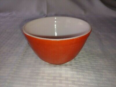 Vintage Pyrex 1 1/2 Quart Primary Red Nesting Mixing Bowl 402