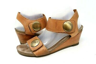 fc5144a2c70e Taos Carousel Womens Tan Brown Leather Wedge Sandals Ankle Strap Size 40    9-9.5