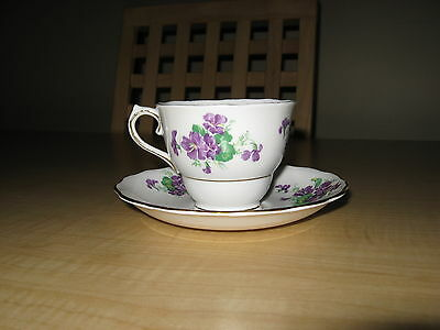 Vintage Colclough Bone China Tea Cup & Saucer Purple Violets Made in England
