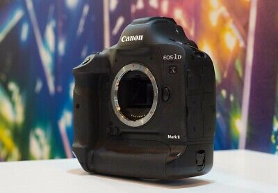 Canon EOS 1D X Mark II 20.2MP Camera - Less than 3k shutter count + CFast Cards!