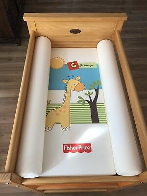Baby Wooden Change Table Nursery Furniture With Mat and cover