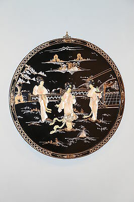 "Asian Chinese Wall Hanging Plaque 30"" Diameter Excellent Condition"