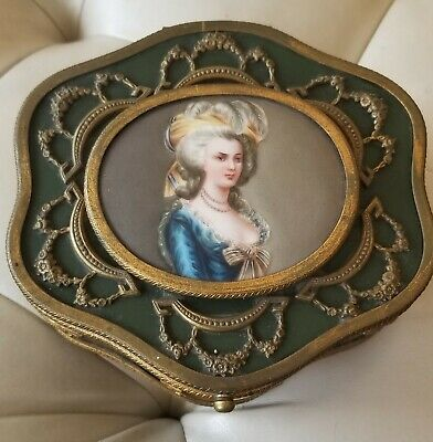 French Early 20th c Green Tole Casket with Marie Antoinette Painting