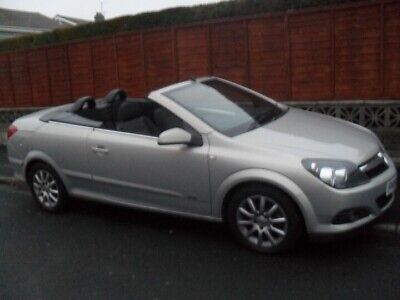 Vauxhall Twintop Astra - 2007 - 90,000 miles