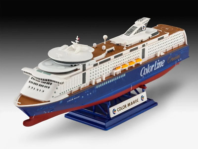Revell 1/1200 M/S Color Magic Cruise Ship