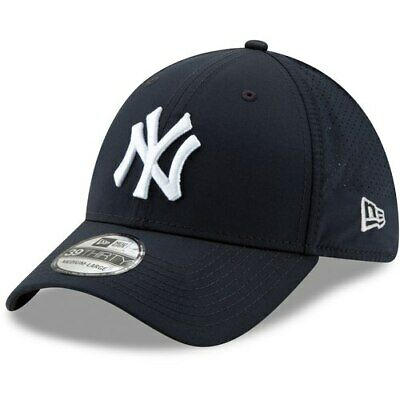 100% authentic 6f7d0 e5513 New Era New York Yankees Navy Perforated Play 39THIRTY Flex Hat