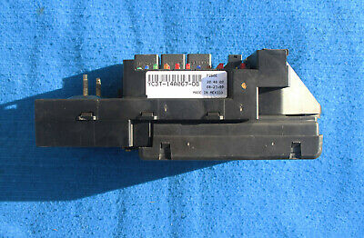1999 - 2001 /ford super duty f250 f350 excursion cabin fuse block  yc3t-14a067