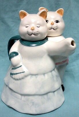 Two Cats Dancing Ceramic Tea Pot