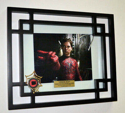 SPIDER-MAN Prop CLOTH Costume & WEB, Signed TOBEY MAGUIRE, DVD, Frame, COA UACC