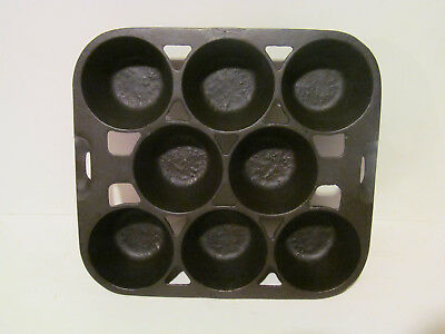 """Vintage Cast Iron  Wagner Ware 8 Cup """"R"""" Gem Pan Muffin Corn Bread Cupcake Mold"""