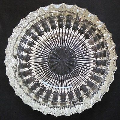 "Vintage Large, Thick Heavy 7"" Multi-Faceted Glass Ashtray with Daisy Design"