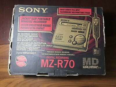 Sony MZ-R70 Portable MiniDisc Recorder With Original Box & Accessories