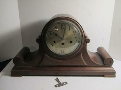 Wooden Mantle Clock with Key - L@@K!!