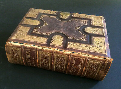 RARE & Beautiful 1876 Holman HOLY BIBLE w/nearly 1,800 Illustrations -Good Cond.