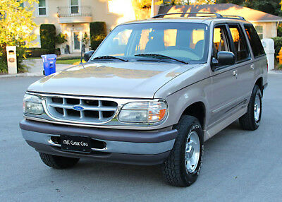 1997 Ford Explorer XLT - TWO OWNER - 76K MILES TWO OWNER TEXAS FLORIDA SUV - 1997 Ford Bronco XLT - 76K ORIG MI