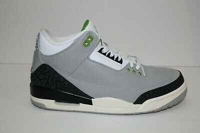 dc3552f2f0a383 MEN S AIR JORDAN 5 Retro