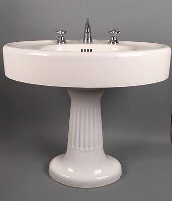 STANDARD MFG Antique Pedestal Sink Victorian CAST IRON Plumbing Porcelain 1900