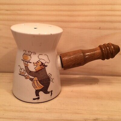 "CLASSIC CHEF ""Antique White"" Collectable Novelty Ceramic Salt Pepper Shaker"