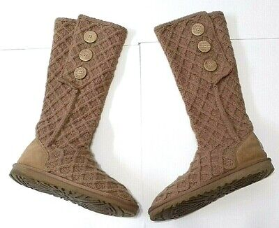 c1d66e1f098 UGG AUSTRALIA KNIT Boots Classic Cardy quilted Crochet Tall Camel Color Sz  8 US
