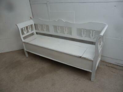 A Really Pretty Motif Painted White Antique/Old Pine 3 Seater Box Settle/Bench