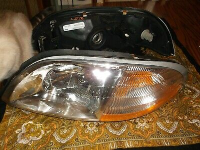 1999 2003 Ford Windstar Replacement Headlights Headlamps 99 03 Pair Left Right